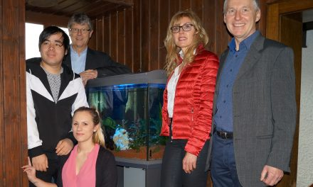 Tolles Aquarium an das Thomas-Wiser-Haus in Pettendorf übergeben