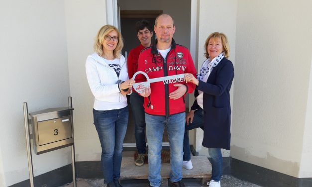 Im Monat März konnten wir im Landkreis Straubing-Bogen einen Winkelbungalow 108 seinen Bauherren übergeben.